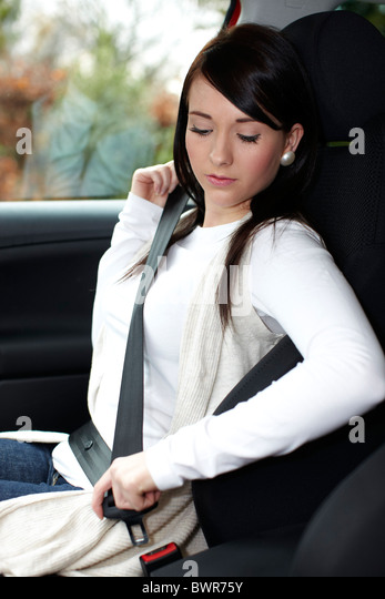 wearing seat belt A seatbelt ticket is one of those tickets that can cause a headache and is pretty  easily avoi.