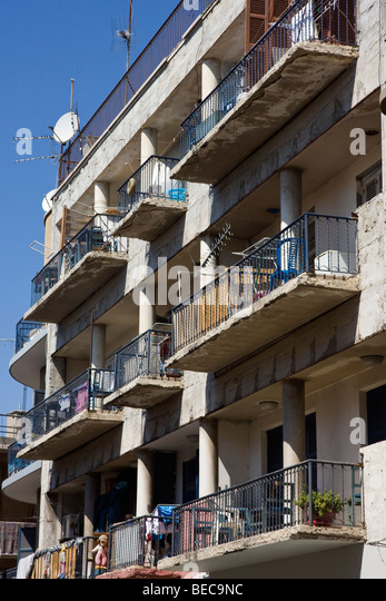 Cypriotic stock photos cypriotic stock images alamy for Balcony nicosia