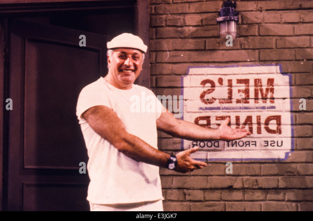 vic tayback bio