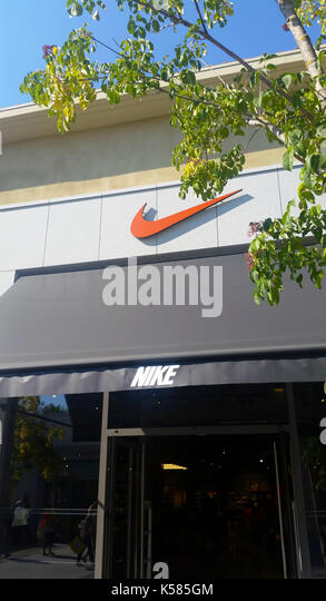 nike store stock photos nike store stock images alamy. Black Bedroom Furniture Sets. Home Design Ideas