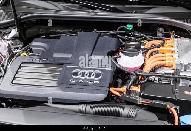Hybrid engine stock photos hybrid engine stock images alamy