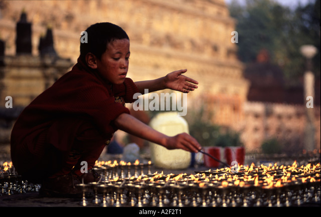 how to become buddhist monk in india