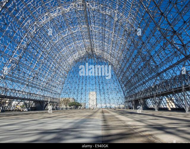Airship Hangar Stock Photos & Airship Hangar Stock Images ...
