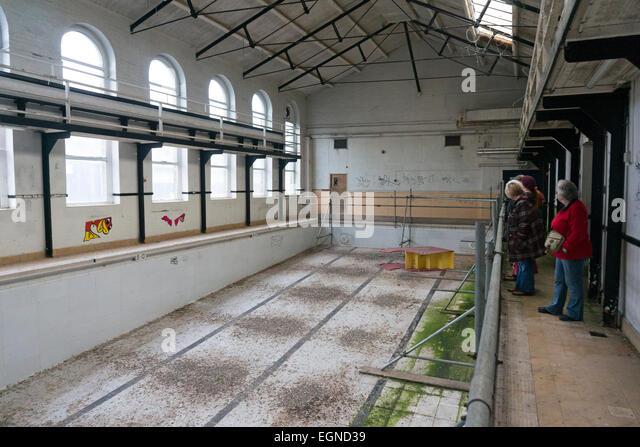 Swimming Pool Uk Stock Photos Swimming Pool Uk Stock Images Alamy