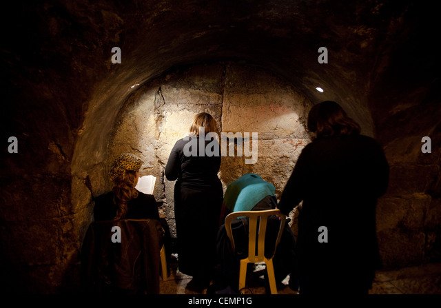 tunnel jewish single women Old jewish singles dating and personals find a jewish single today browse through thousands of profiles, and select the perfect match for you join us now, it`s 100% free, older jewish.