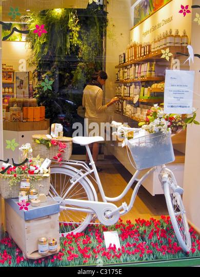 Cosmetics company store philadelphia pa
