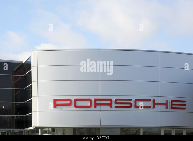 Porsche Showroom Stock Photos Amp Porsche Showroom Stock