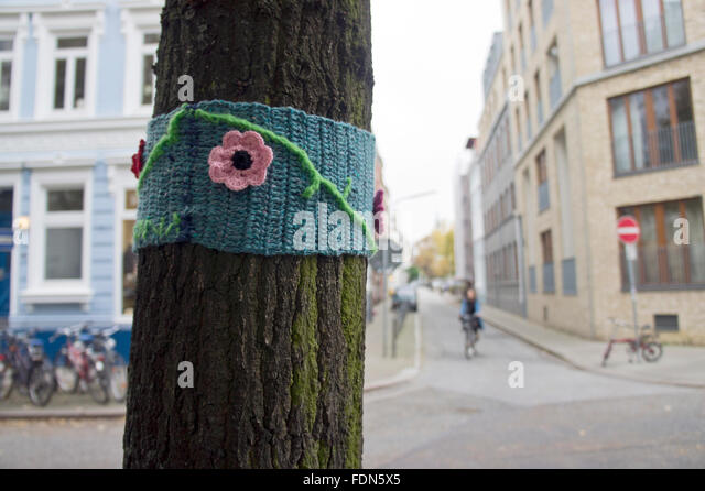 Guerilla Knitting Patterns : Guerilla Stock Photos & Guerilla Stock Images - Alamy