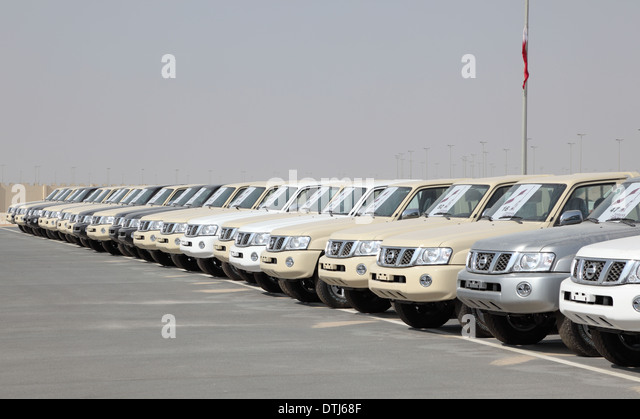 Luxury Cars In Parking Lot Stock Photos Amp Luxury Cars In
