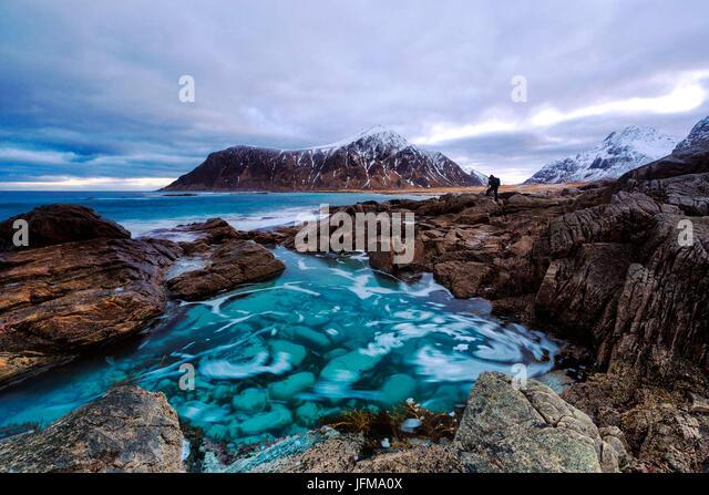 Flakstad beach with Hustinden peak in the background, Lofoten Islands, Norway - Stock Image