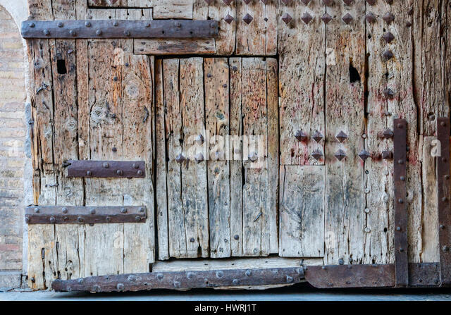 Wicket Gate & List of Synonyms and Antonyms of the Word: wicket gate
