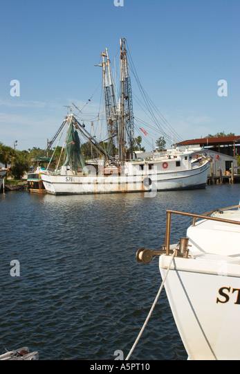 Shrimp boat in springs florida stock photos shrimp boat for Commercial fishing florida