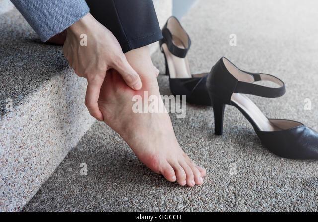 Foot Pain Walking Stock Photos Amp Foot Pain Walking Stock