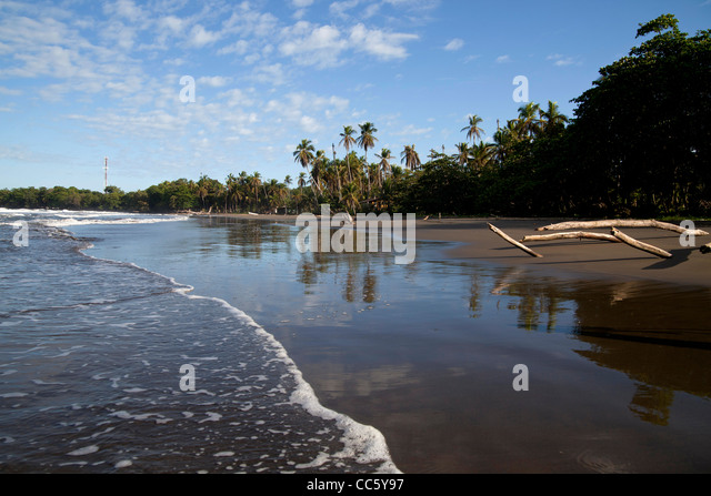 Playa negra stock photos playa negra stock images alamy for Black sand beaches costa rica