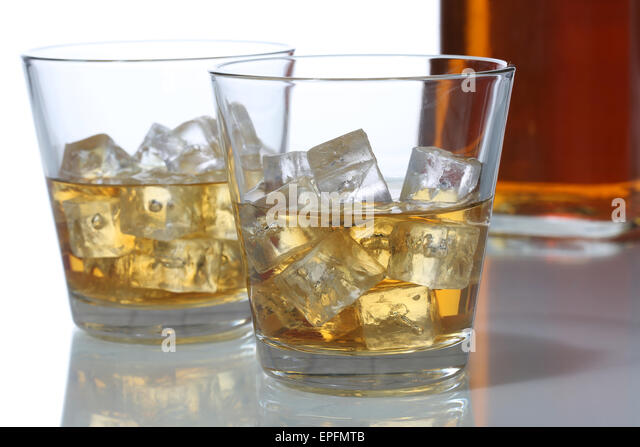 whisky glas stock photos whisky glas stock images alamy. Black Bedroom Furniture Sets. Home Design Ideas