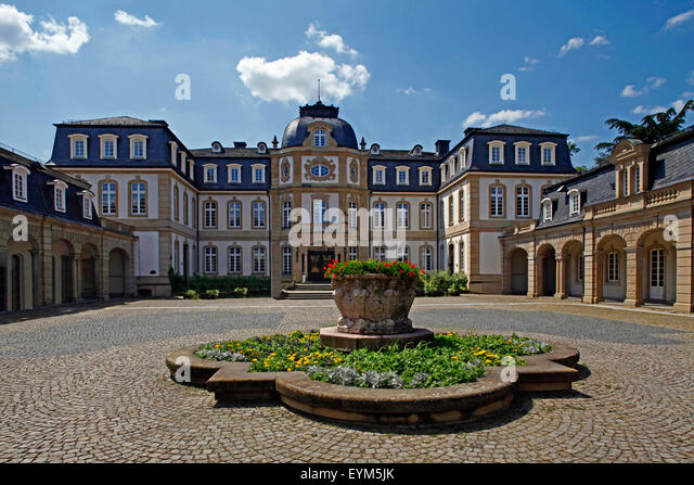 Busing stock photos busing stock images alamy for Hs offenbach