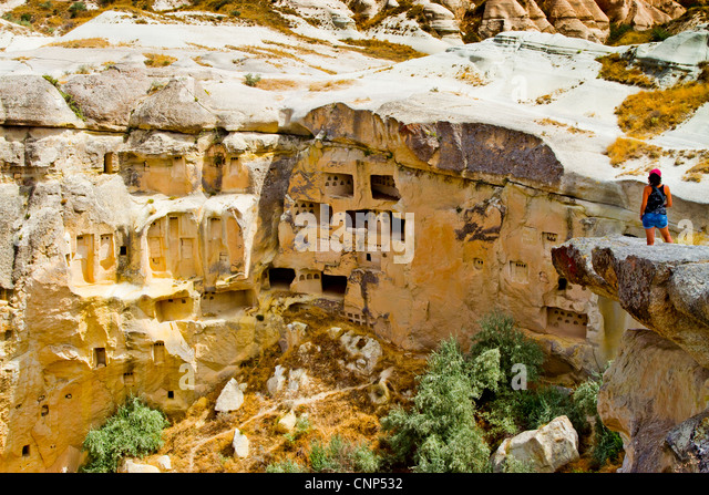 Cavusin stock photos cavusin stock images alamy for Architecture troglodyte