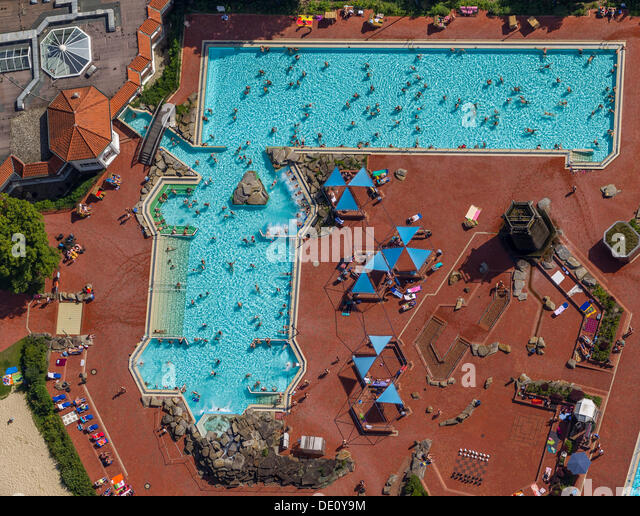 Swimming pools aerial stock photos swimming pools aerial stock images alamy - Rectangle pool aerial view ...
