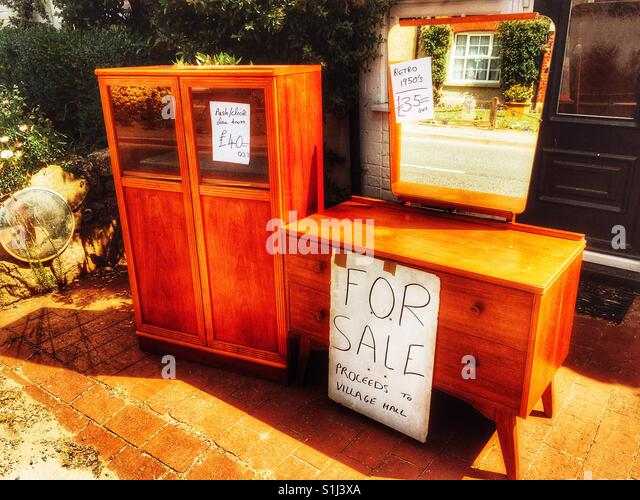 Secondhand Furniture furniture sale stock photos & furniture sale stock images - alamy