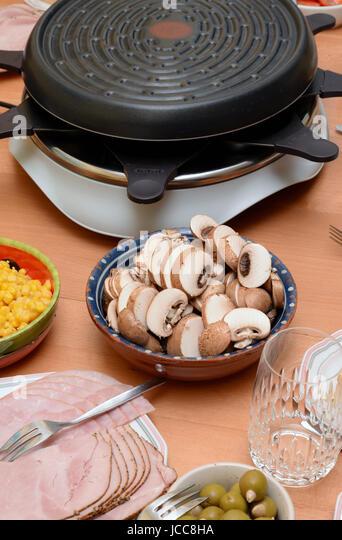 Tisch essen 28 images tisch essen stock photos tisch for Ou trouver mousse pour canape