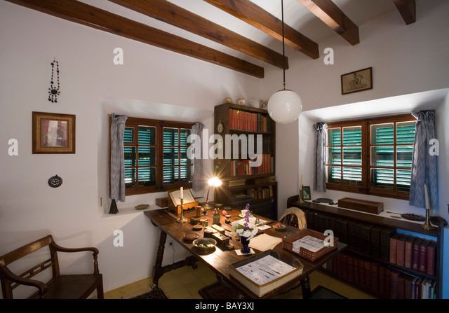 Robert Graves House Stock Photos & Robert Graves House Stock Images - Alamy