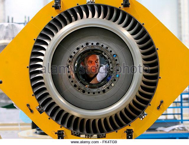 turbine engine mechanic jet engine repair stock photos mechanic