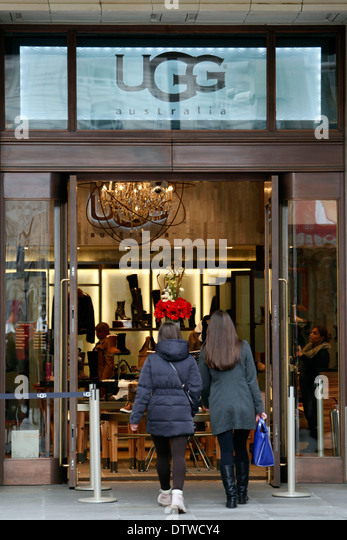 86 st ugg store