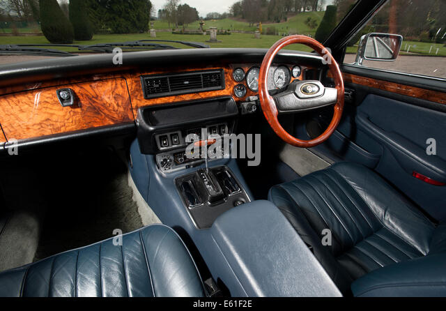 jaguar dashboard stock photos jaguar dashboard stock images alamy. Black Bedroom Furniture Sets. Home Design Ideas