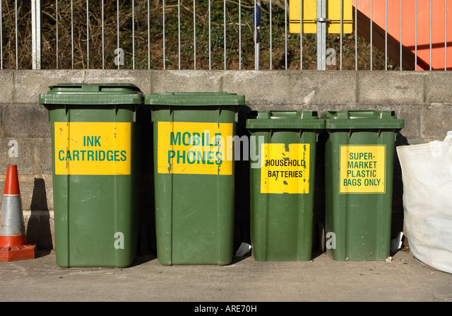 Bin collection stock photos bin collection stock images alamy - Recycling mobel ...