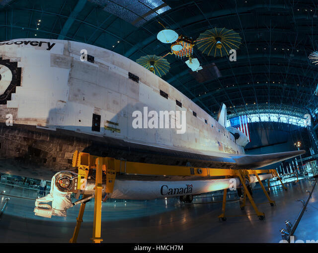 space shuttle discovery hazy - photo #20