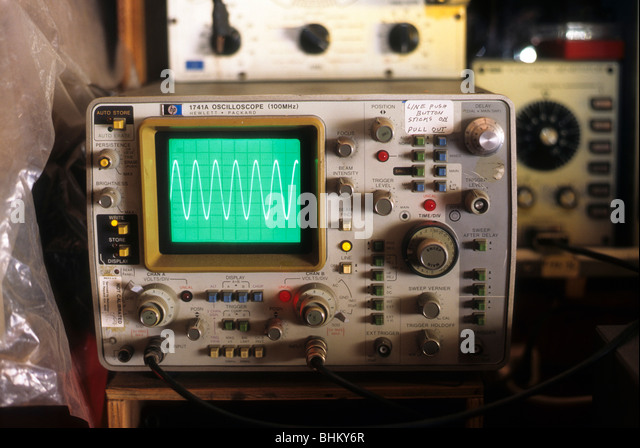 Oscilloscope Pulse Measurement : Oscilloscope stock photos images alamy