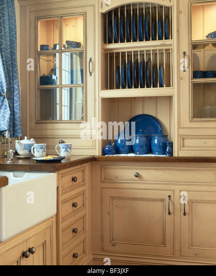 plate racks for kitchen cabinets fitted rack small pale wood wall cupboards cabinet uk kit