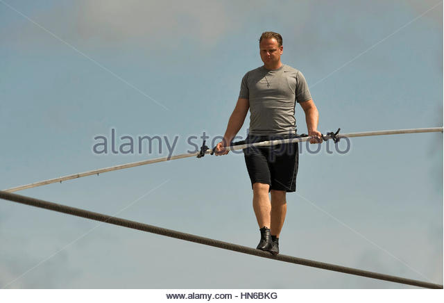 meter and wire stock photos meter and wire stock images alamy file photo high wire walker nik wallenda balances on a 1 200 foot 366 meter