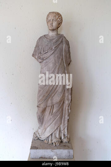 Himation Stock Photos Amp Himation Stock Images Alamy