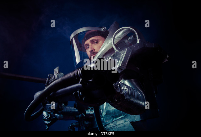 astronaut with weapon - photo #28