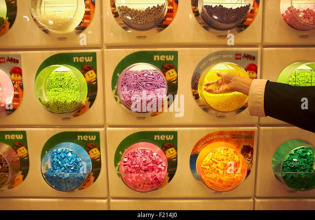 Lego Store Stock Photos & Lego Store Stock Images - Alamy
