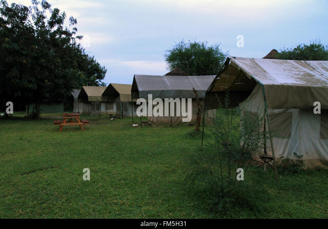 A group of five canvas safari tents are seen in a row set up on the : canvas safari tent - memphite.com