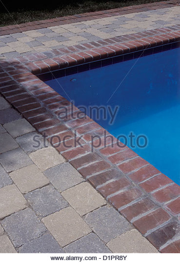 Brick Edging Stock Photos Amp Brick Edging Stock Images Alamy
