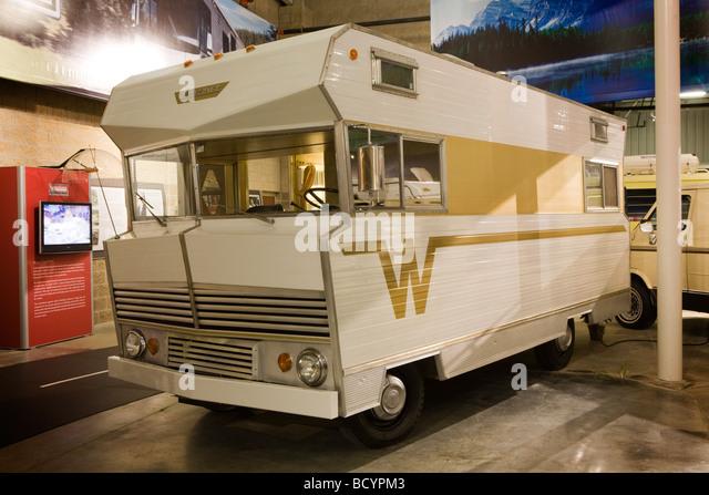 New 1972 WINNEBAGO CUSTOM RV  Rear 34  161483