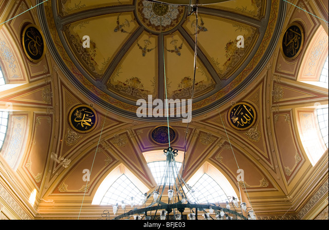 What Is A Mosque Detail: Mosque Window Detail Stock Photos & Mosque Window Detail