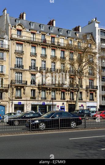 Cafe paris seine stock photos cafe paris seine stock for Piscine neuilly