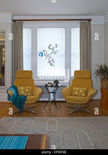 39 manhattan 39 armchair stock photos 39 manhattan 39 armchair for Pied a terre manhattan