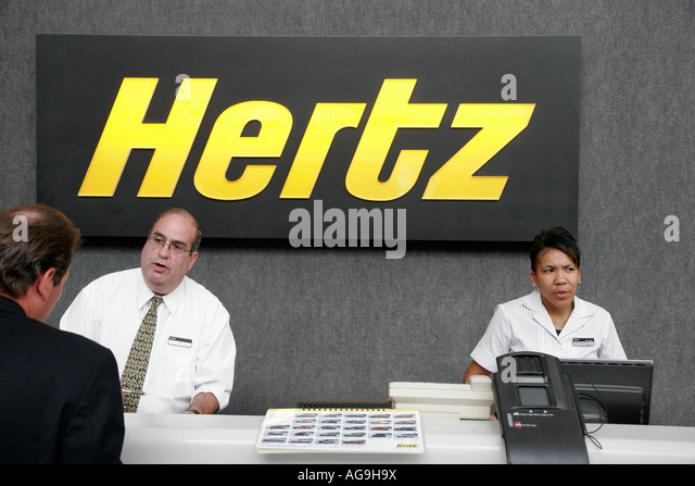 Hertz Rent A Car Stock Photos & Hertz Rent A Car Stock Images - Alamy