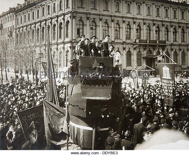 russian revolution march 1917 essay