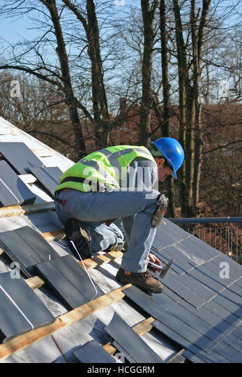 Nailing Roof Stock Photos Amp Nailing Roof Stock Images Alamy