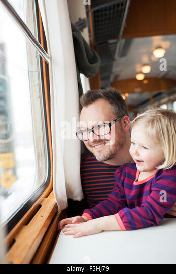 railroad single parents Single parents meet - if you are serious about looking for that special thing called love, then our site is for you register and start looking for your love of life.