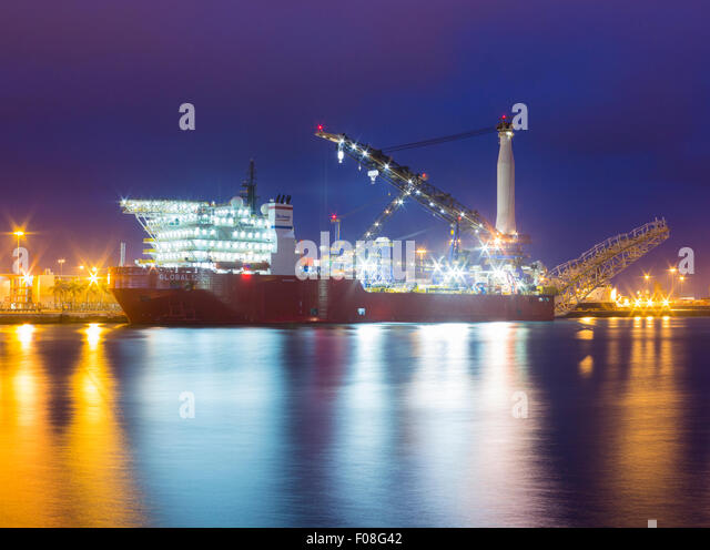Pipelaying stock photos pipelaying stock images alamy - Port of las palmas gran canaria ...