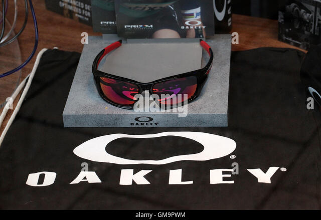 c955a0083531 Oakley Store Midtown | United Nations System Chief Executives Board ...
