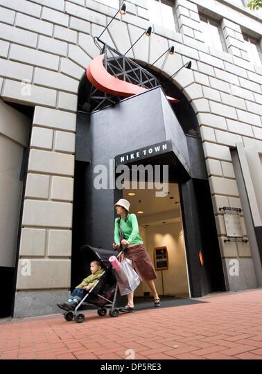 Niketown Portland Stock Photos & Niketown Portland Stock Images ...