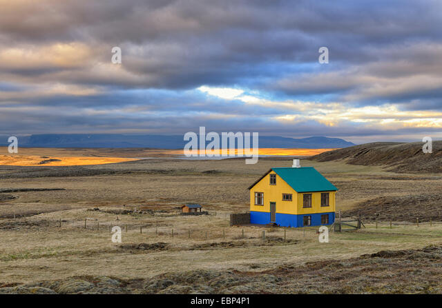 Pingvellir stock photos pingvellir stock images alamy for Iceland lonely house